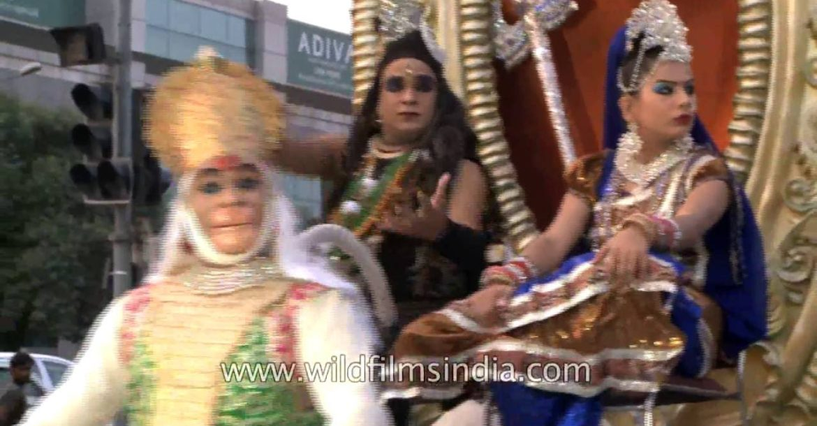 Absurd sight of Hindu gods and goddesses doing the rounds of Delhi!