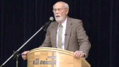 Christianity vs. Hinduism 9/14 Dave Hunt vs Budhendranauth Doobay