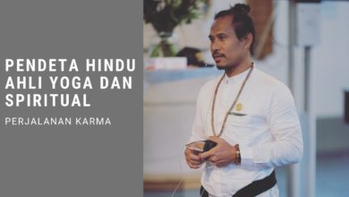 Pendeta Hindu ahli Yoga dan Spiritual