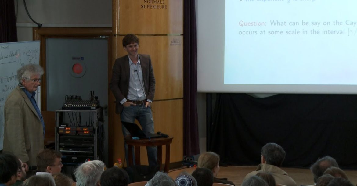 Emmanuel Breuillard - Nilprogressions and finite groups with moderate growth
