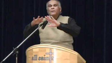 Christianity vs. Hinduism 10/14 Dave Hunt vs Budhendranauth Doobay