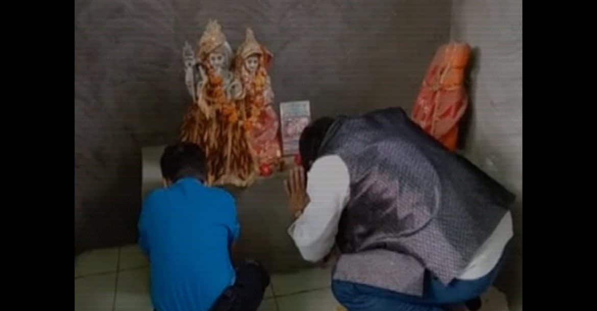 Uttar Pradesh: Muslim man converts to Hinduism, claims Lord Rama asked him to do so