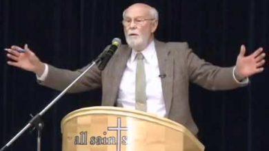 Christianity vs. Hinduism 8/14 Dave Hunt vs Budhendranauth Doobay