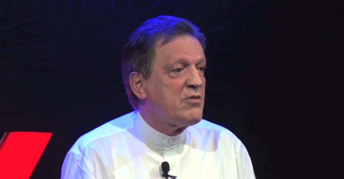 Innovation - India Adopting the Best of the West | Francois Gautier | TEDxSIUKirkee