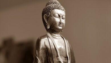 10 Inspirational Quotes from Gautama Buddha