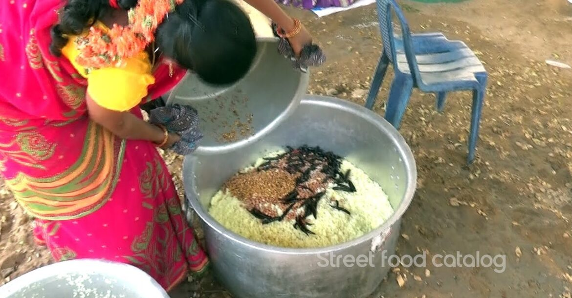 Amazing Hindu Function Style Pulihora Preparation | Tamarind Rice | Lemon Rice | Street Food Catalog